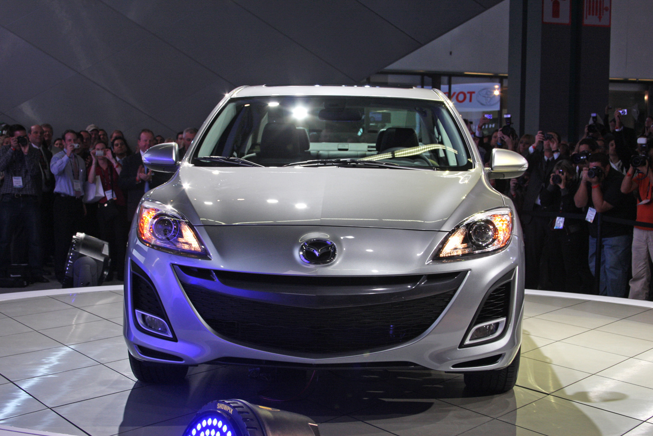 new-mazda3-sedan2