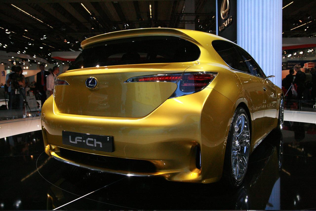 http://www.asiancarsblog.com/wp-content/uploads/2009/10/Lexus-LF-Ch-Concept-at-Frankfurt-2009_5.JPG
