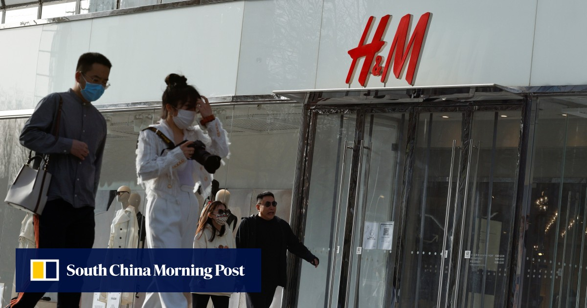 "H&M is affected by the cotton reaction in Xinjiang and wants to ""regain confidence in China""."