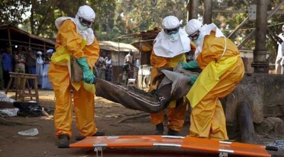 Ebola infects 30, kills 15 in Guinea, DRC