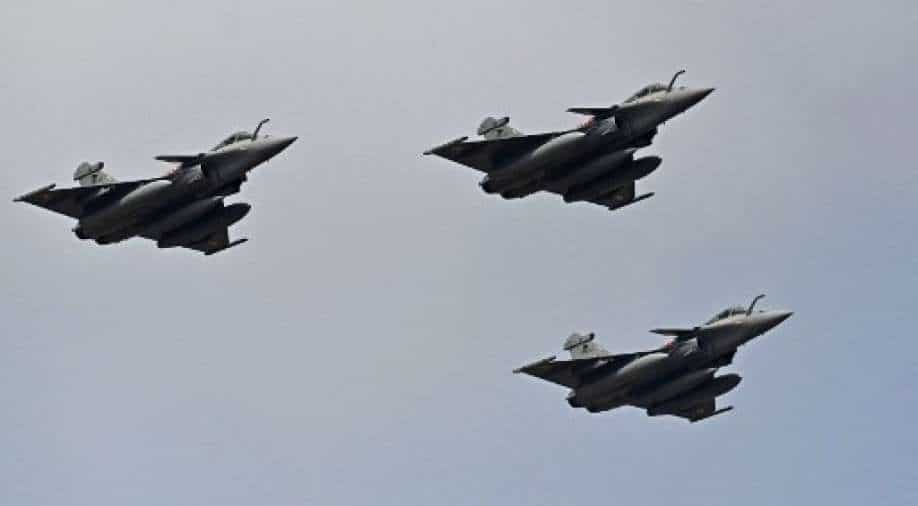 Egypt buys 30 Rafale fighter jets from France