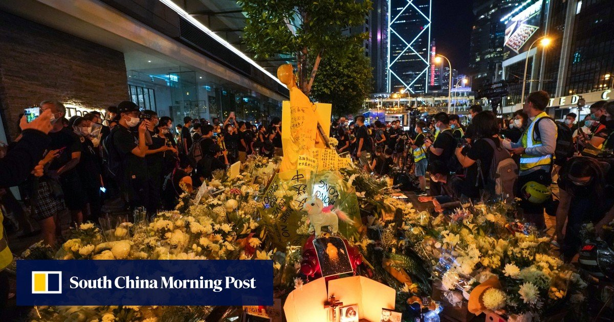 """The Hong Kong crowd wanted a chance to speak to """"Raincoat Man"""" before he died, but the police decided they were too emotional"""