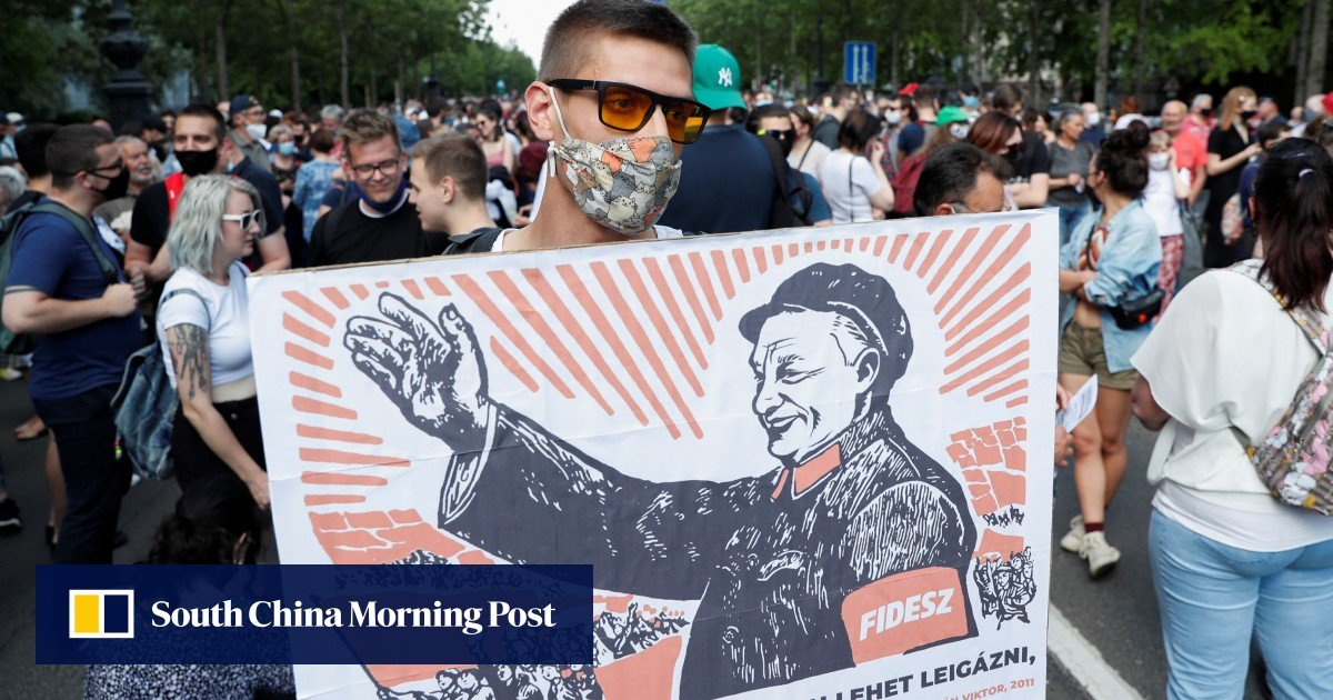 Hungary hints at a delay in China's campus plan after the weekend protests