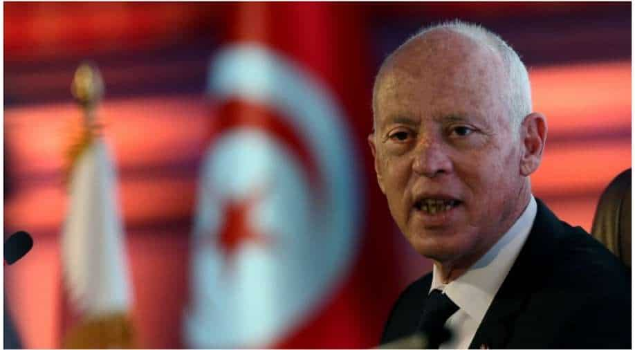 Tunisia's president dismisses the defense minister after his dismissal