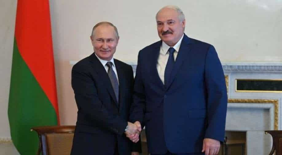 Russian President Vladimir Putin orders the government to support Belarus in the fight against Western sanctions