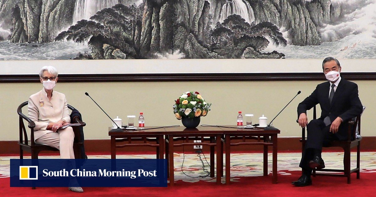 China and the US draw lines in the sand at a top-level meeting, but agree to continue talking