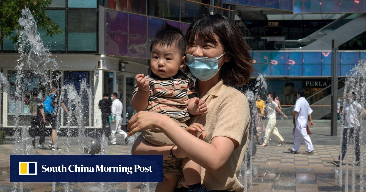 """""""Having Babies or Going to Jail"""": The Chinese Internet ridicules the official call for propaganda for 3-child policies"""