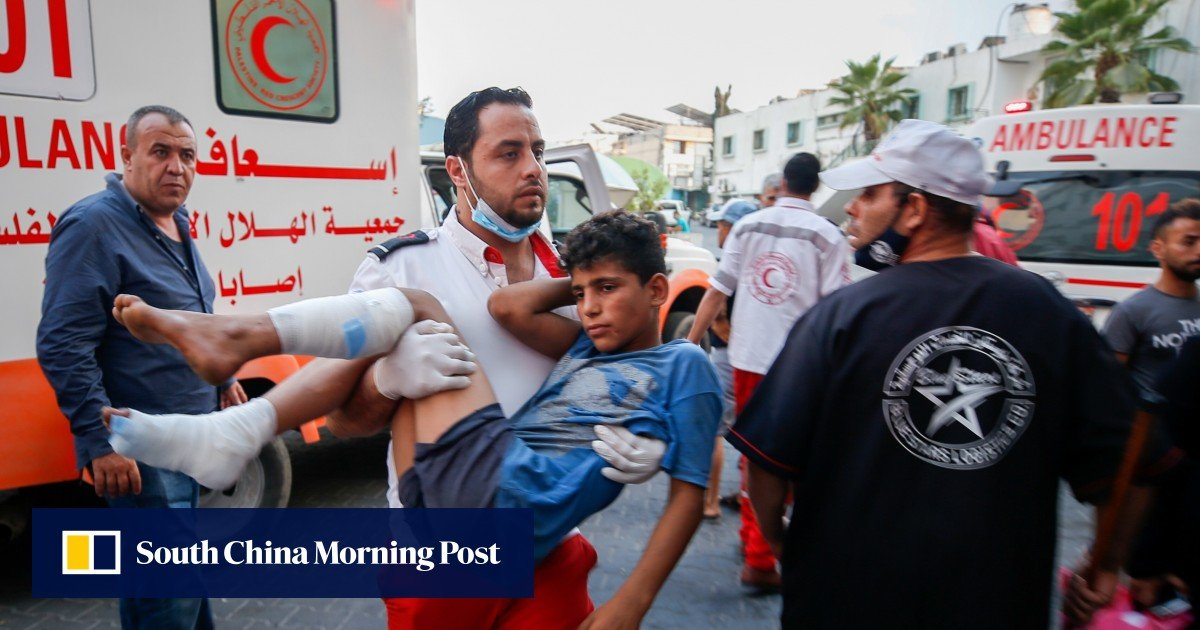 24 Palestinians were injured in clashes with the Israeli army on the border with the Gaza Strip