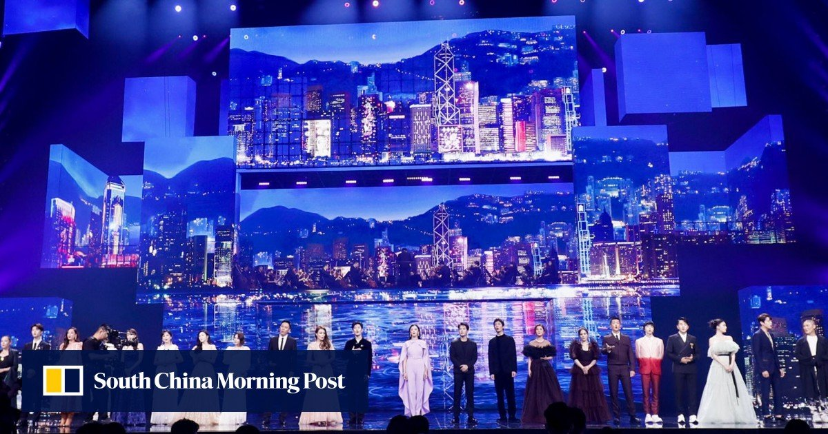 Hong Kong artists shine with Cantonese songs at the Mid-Autumn Festival concert over the border