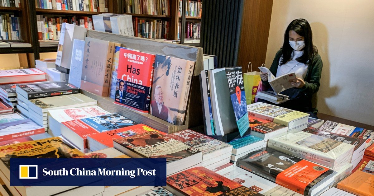 """Book """"picked up by readers in Hong Kong"""" for glorifying the foreign invasion of China in the early 20th century"""